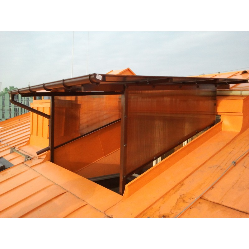 Козырёк над балконом, 2013 г., сотовый поликарбонат