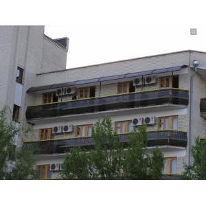 Козырёк из монолитного поликарбоната, балконное ограждение, 2006 г.