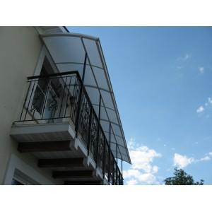 Козырёк над балконом, сотовый поликарбонат